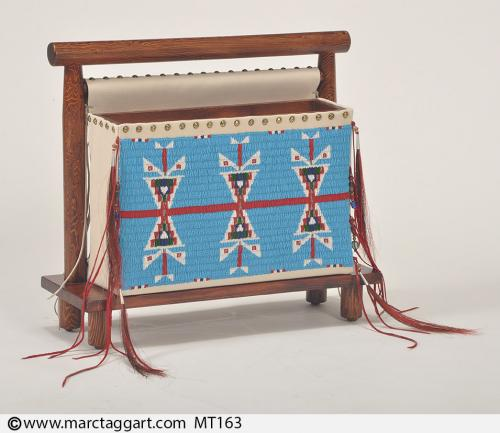 MT163-Beaded Magazine Rack