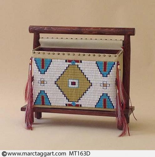 MT163D-Beaded Magazine Rack