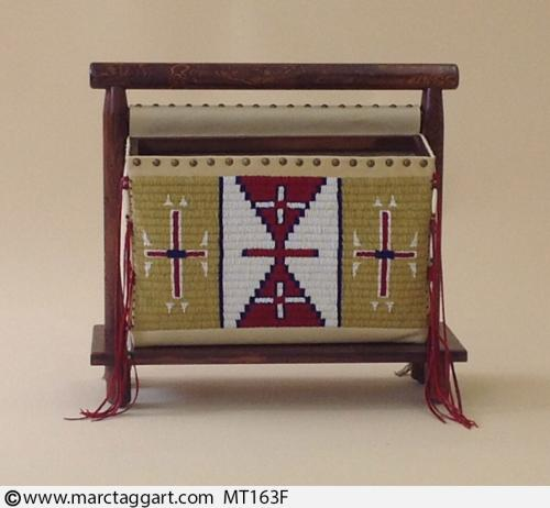 MT163F-Beaded Magazine Rack