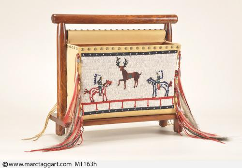 MT163h-Beaded Magazine Rack