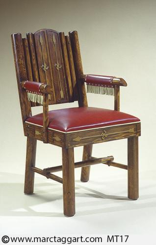 MT17-Oversized Slat-back Arm Chair with Arrows