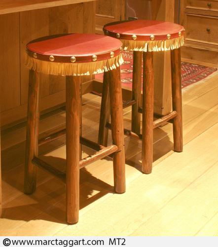 MT2-Barstools