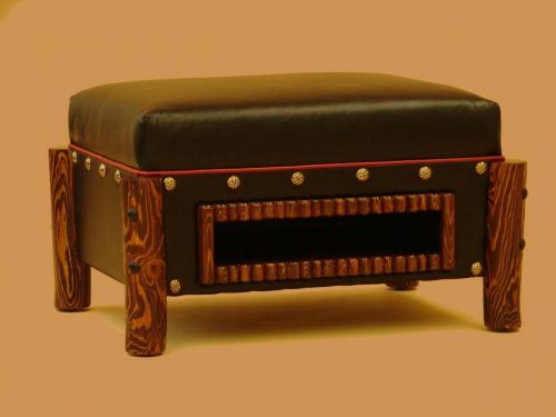 Mountain man Ottoman (2)
