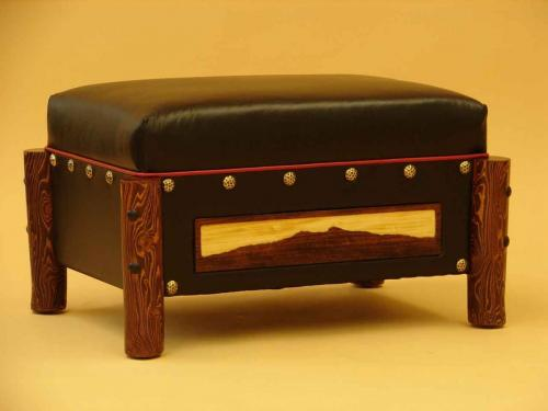 Mountain man Ottoman (6)